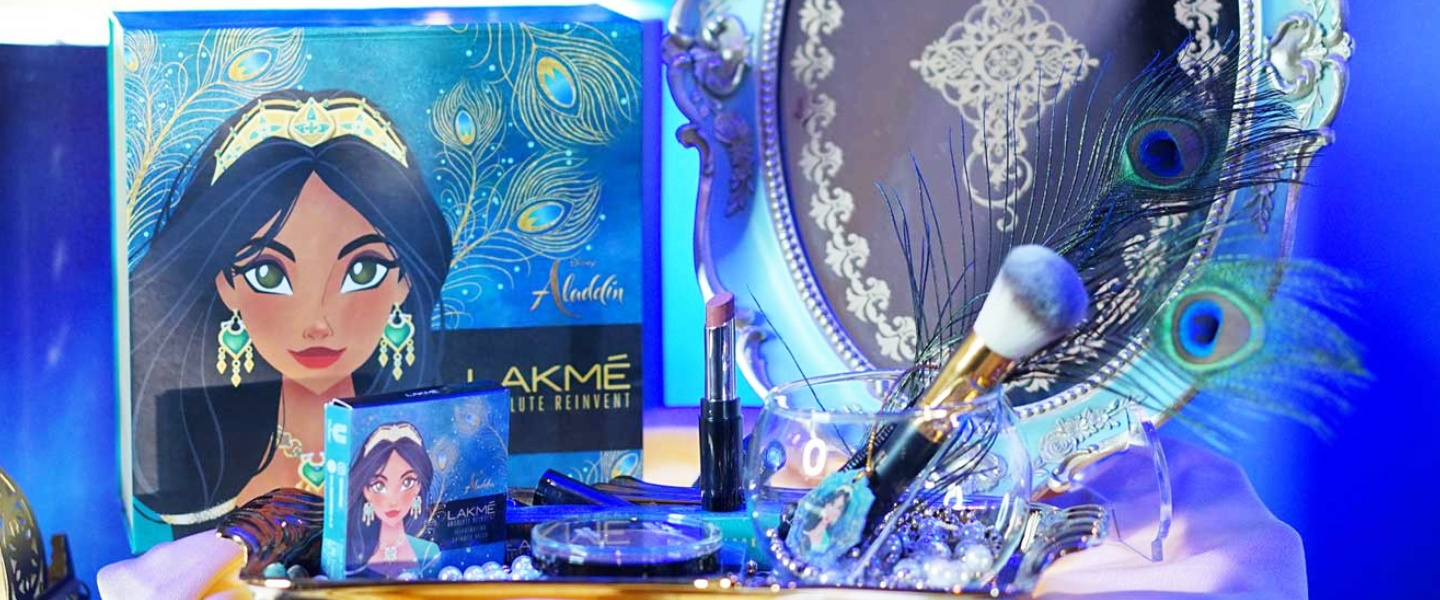 A Whole New Look from Lakme Absolute Reinvent